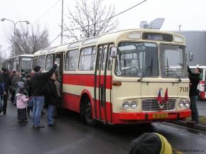 40let_garaze_klicov_003