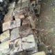 prodám dlažební kostky křemencové stáří okolo 100 let info 773819469 cena 3kč/kg.